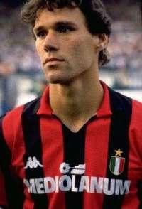 Marco Van Basten nuovo allenatore del Milan