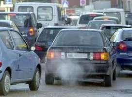 Bisceglie (BT). No allo smog da traffico davanti alle scuole.