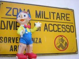 Ripristiniamo il Ministero della Guerra
