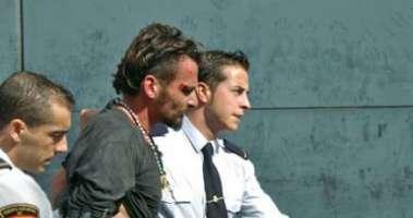 liberate Simone Righi arrestato in spagna per aver nenunciato la morte dei propri cani