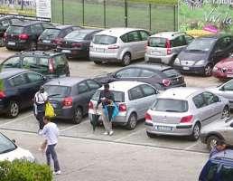 OspedaleVersilia:Basta Extracomunitari Abusivi Molesti Nel Parcheggio (Generazione Italia)
