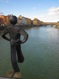 Rivogliamo la statua dell'uomo comune di Clet