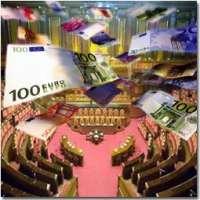 Stipendi e pensioni Politici