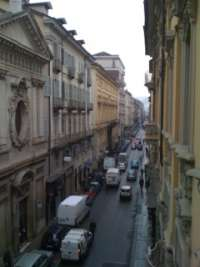 pedonalizziamo tutta via santa teresa a Torino