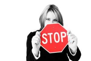 STOP STIPENDI PER I PARLAMENTARI CHE DISPREZZANO L'ITALIA