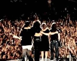 Vogliamo i Tokio Hotel a Napolii