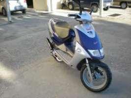 rivediamo al legge dei 45km/h sugli scooter 50cc