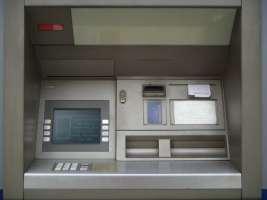 Separazione tra banche d'affari e banche commerciali