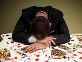Lo Stato Italiano non deve pubblicizzare il gioco d'azzardo
