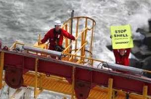 Contro le perforazioni in Artico di Shell