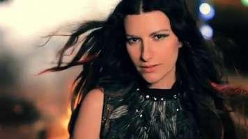 Vogliamo il Laura Pausini-Day!