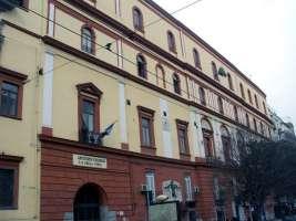Conserviamo l'antico Istituto Della Porta di Napoli