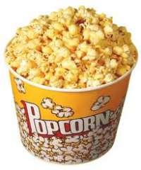 Mangiare Pop Corn nella sala Cinema di Leombruni