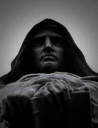 Intitoliamo una piazza o una via di Brescia a Giordano Bruno