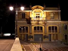 Salviamo il Teatro Filodrammatici di Treviglio (BG)