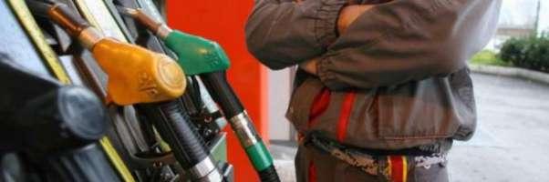 Chiediamo che vengano abolite le accise sui carburanti