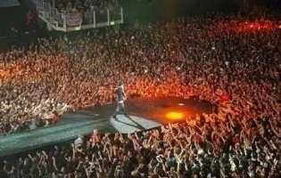 Vogliamo che Justin torni in Italia .