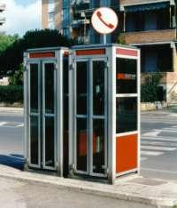 Chiediamo il ripristino delle cabine telefoniche