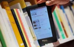ABOLIZIONE LIBRI DIGITALI (E-BOOK) NELLE SCUOLE