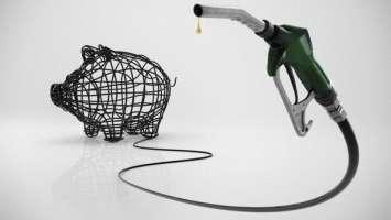 Stop al caro Petrolio