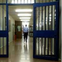 no al decreto svuota carceri