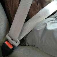 No all'obbligo della pericolosa cintura di sicurezza