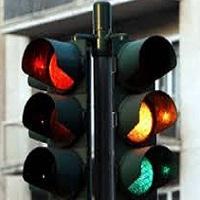 Revisione dei semafori agli incroci