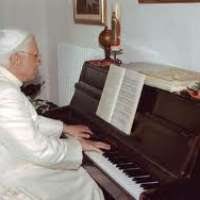 Angelo Castaldo,consulente musicale papale