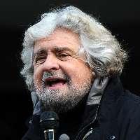 Proposta espulsione Beppe Grillo da m5s