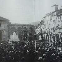 Volete il monumento ai caduti in Piazza M. Ficino?