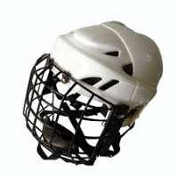 Diffondiamo l'uso del casco nell'hockey pista