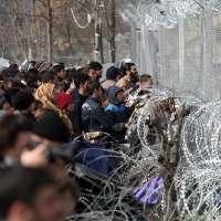 aiuto per i profughi al confine macedone
