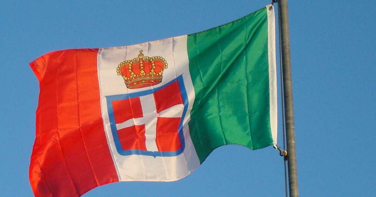 Dopo anni di mala politica, riportiamo il Regno d'Italia