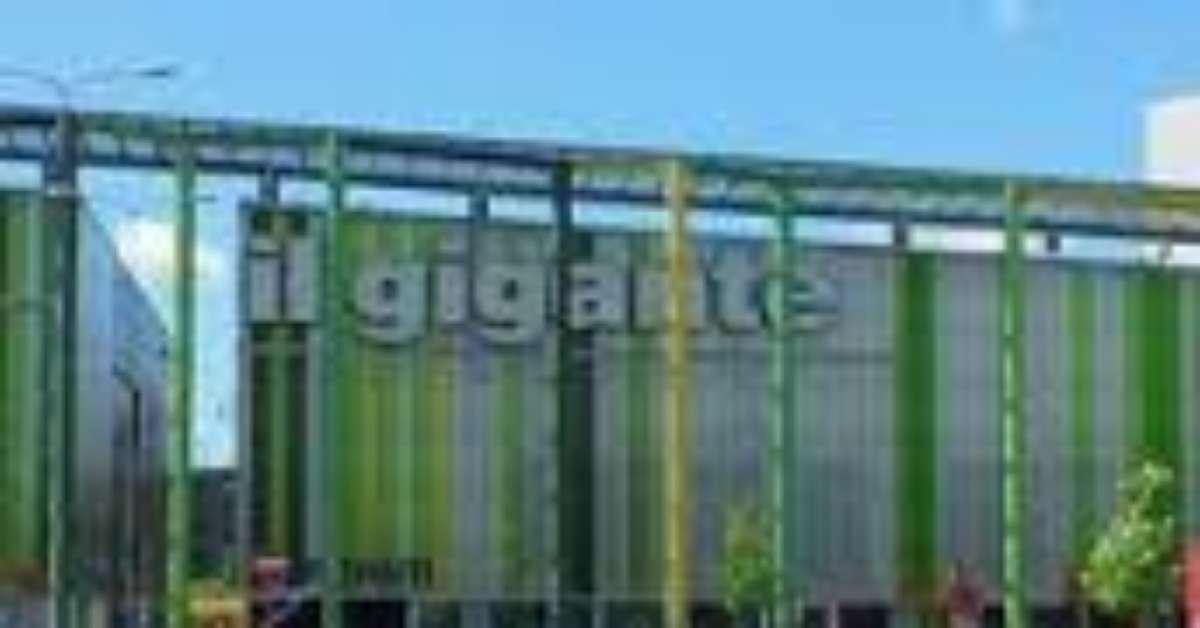 La giusta informazione sul Gigante di Assago