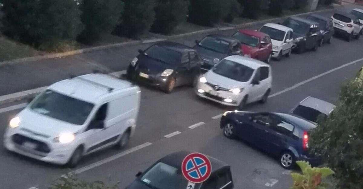 Senso unico stradale