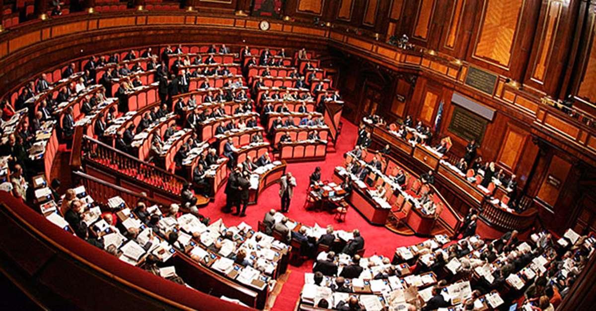 STIPENDI DEI POLITICI 5000 EURO LORDI