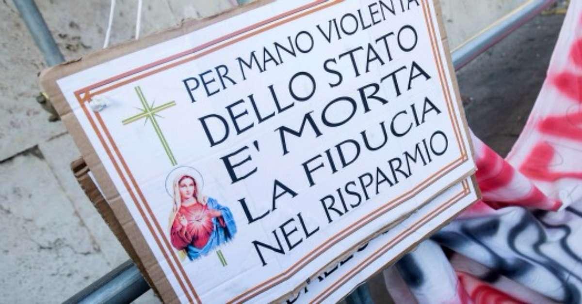 NO SOLDI DEGLI ITALIANI REGALATI AL MPS E ALLE BANCHE