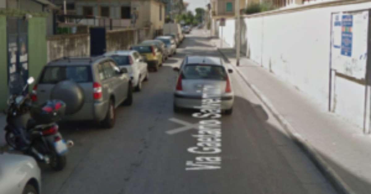 Basta con la sosta selvaggia in Via G.Salvemini a Caserta