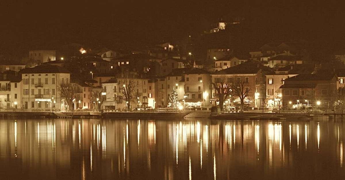 Più luce alla piazza di Porto Ceresio
