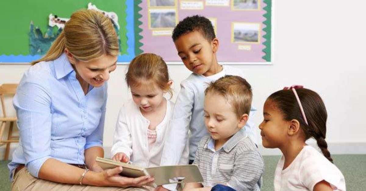Laureati in scienze dell'educazione discriminati