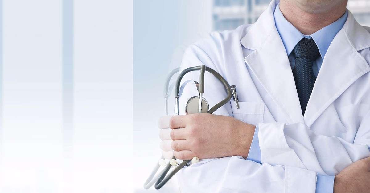 Stop al lavoro per i medici radiati!