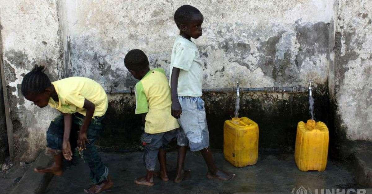 L'acqua è vita ed è un diritto di tutti.