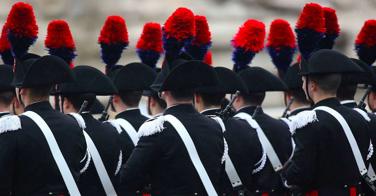 Pena massima ai carabinieri che hanno infangato l'Arma!