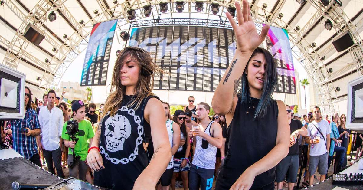 Krewella live in Italy!