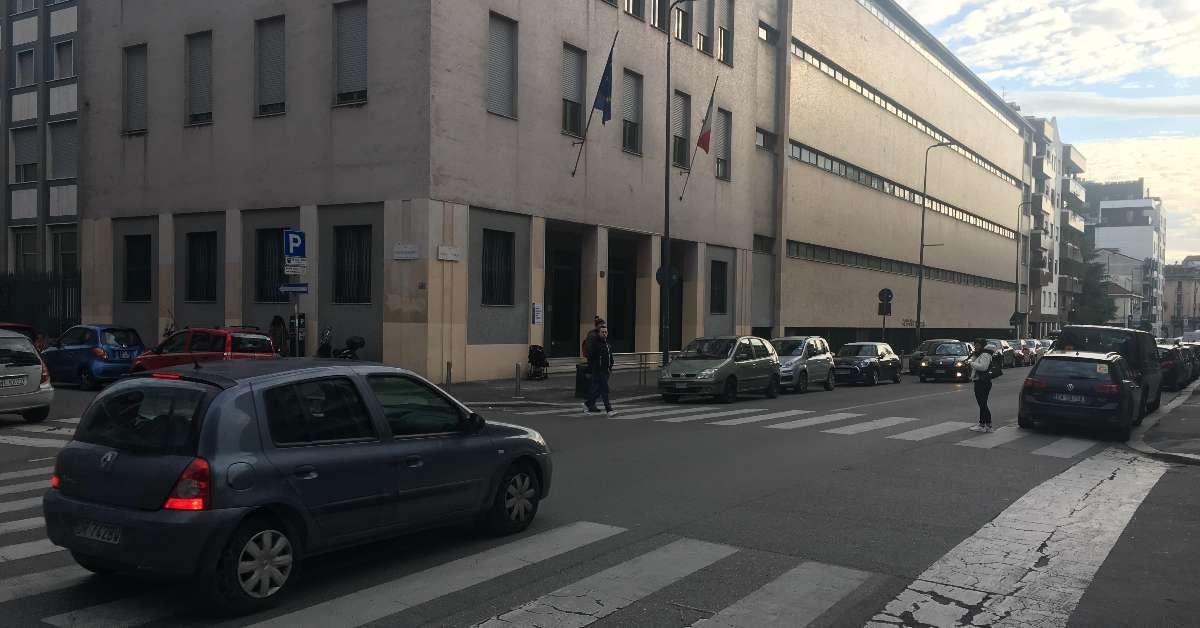 Dorso stradale in Via Vasari per la Scuola Mantellate