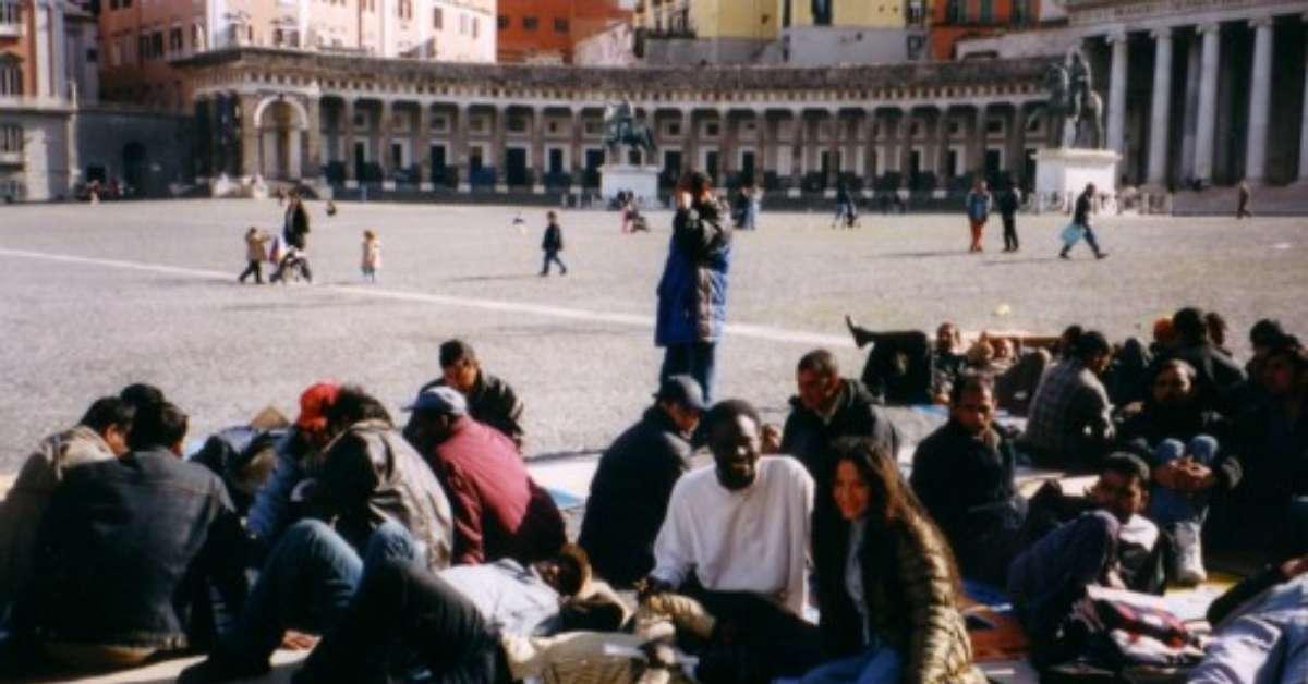 Non più sbarchi di immigrati al porto di Napoli !