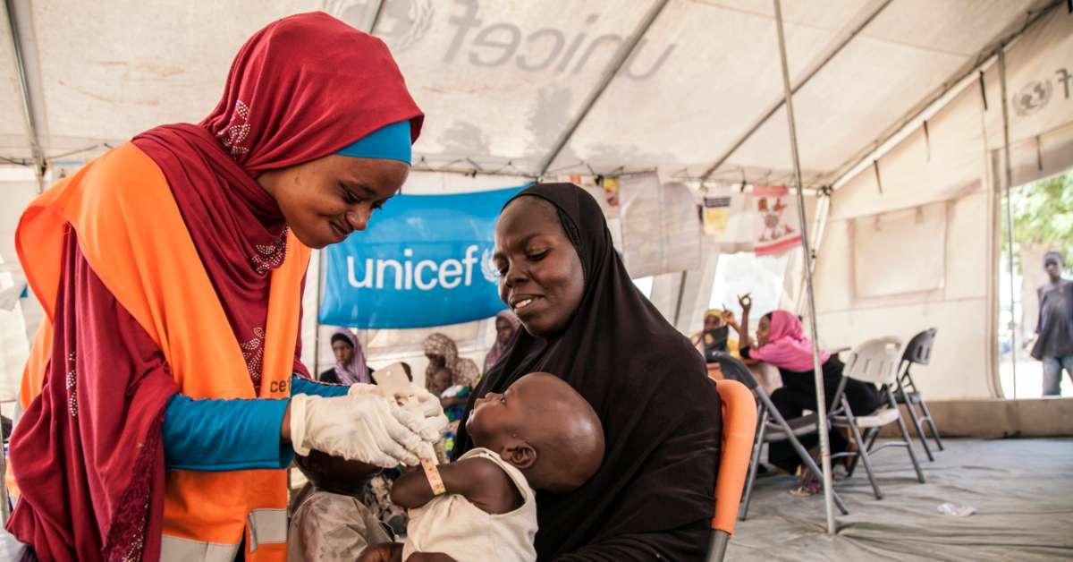 Fermiamo la malnutrizione: vogliamo che bambini come Umara possano tornare a vivere sereni
